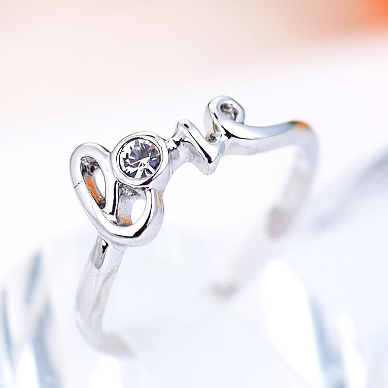 Кольцо С любовью с родиевым покрытием<br>