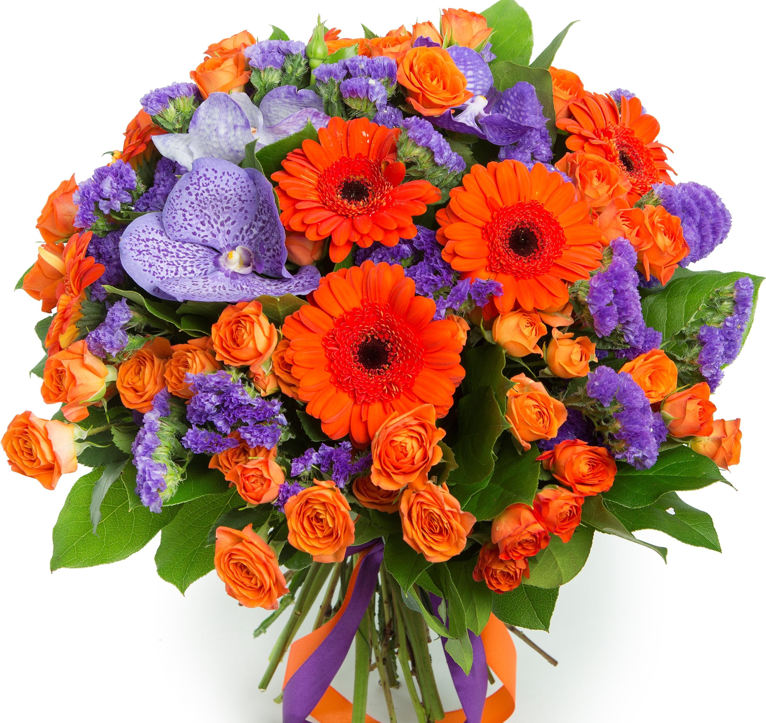 Авторский букет цветов Сангрия<br>Ингредиенты: Орхидея ванда синяя 3 шт, Гербера мини 7 шт, Роза кустовая 10 шт, Салал, Статица 4 шт;