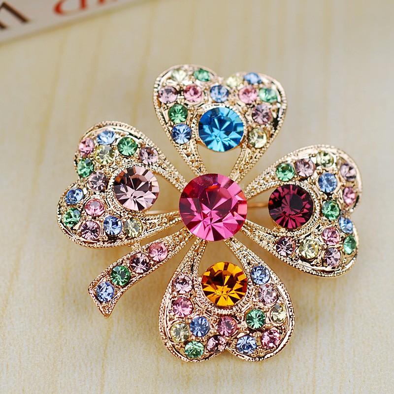 Брошь Весна с австрийскими кристаллами<br>