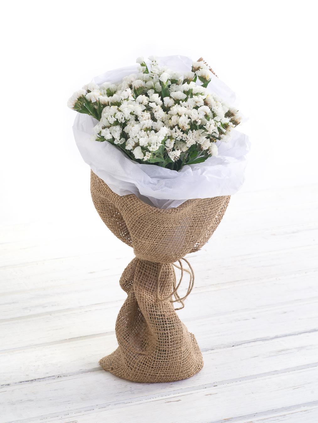 Авторский букет цветов Госпожа Бовари госпожа бовари саламбо